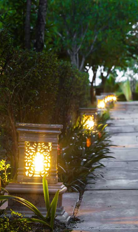 J.W. Lawncare Inc Residential Landscape Lighting